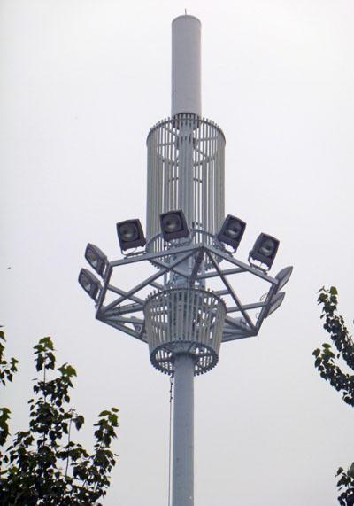 做最专业的通信铁塔公司